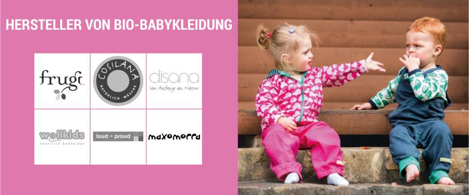 67bd8864e0c8a5 Babykleidung unterschiedliche Marken Mädchen und Junge auf Treppe